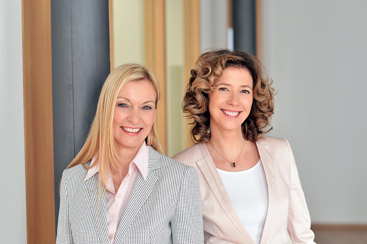 Rose Müller und Sabine Schüller, Bezirksleiterinnen Debeka Versicherung